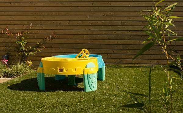 play safe for children & artificial grass