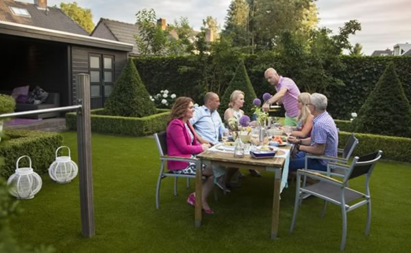EXTEND YOUR PATIO with artificial grass